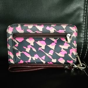 New! Fossil leather zip around wallet